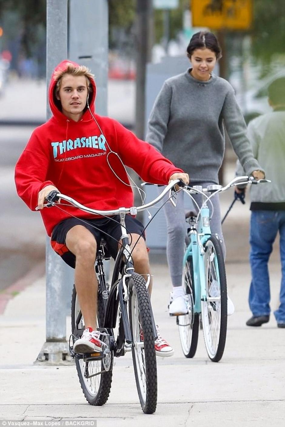 Bieber le llevaba la delantera a Selena. (Foto: Mail Online)