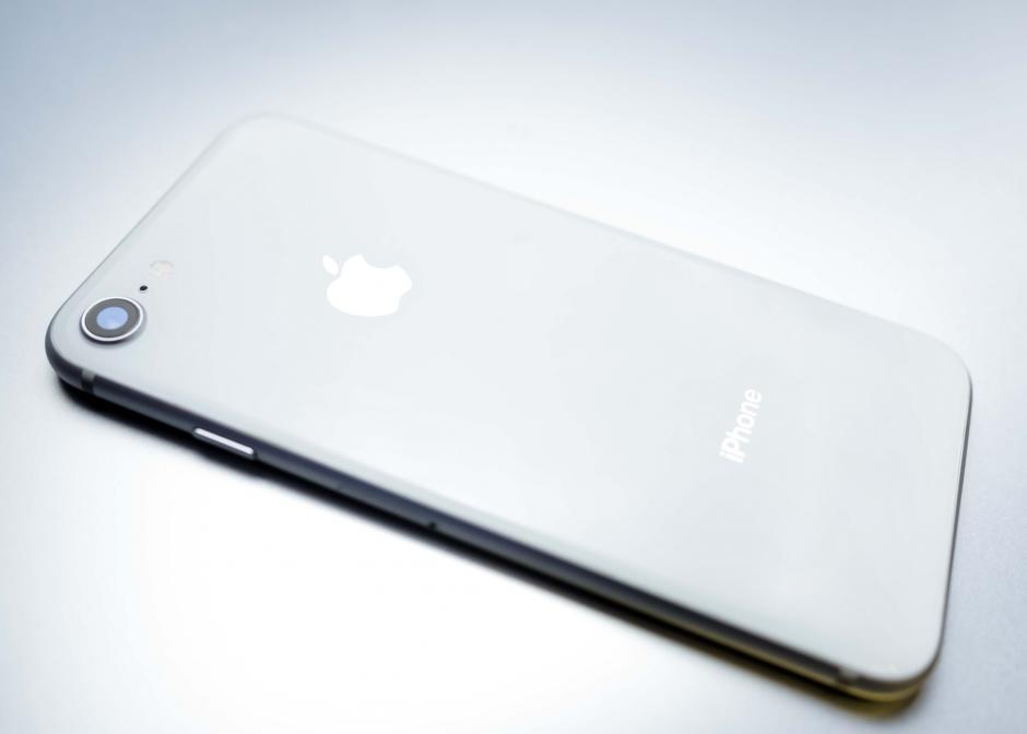 El iPhone 8 ya está disponible para Guatemala en tiendas Tigo. (Foto: George Rojas/Soy502)
