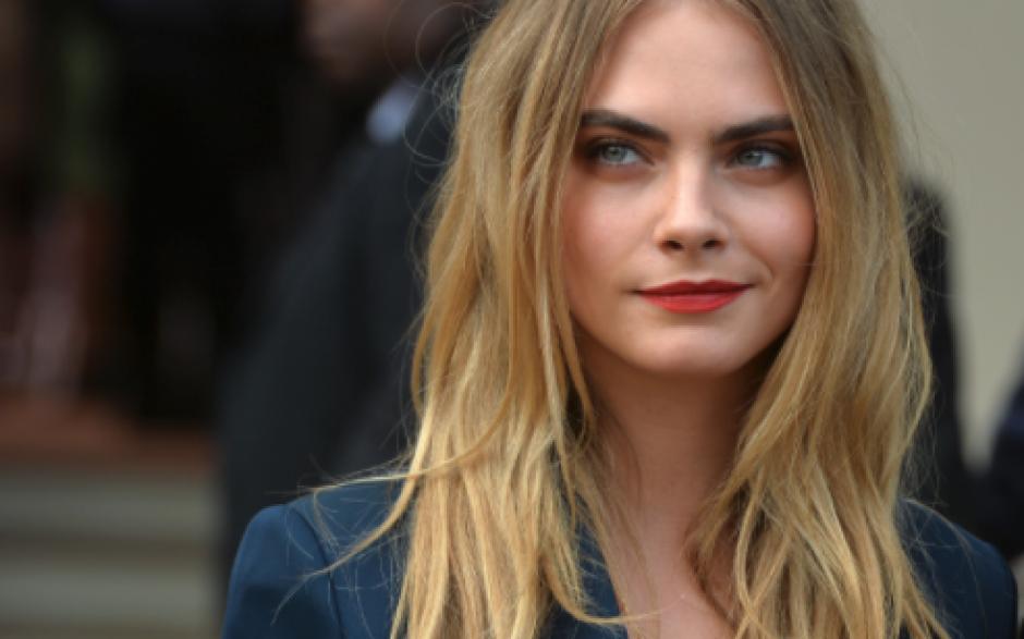 Esta bella modelo y actriz británica también aparece en el listado de las más bellas. (Foto: caradelevingne)
