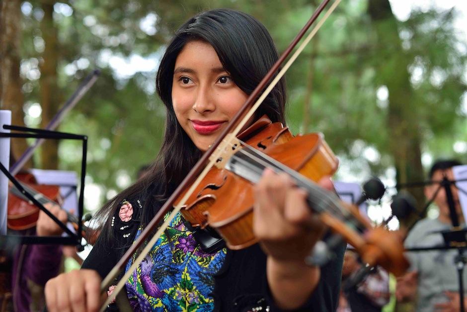La Orquesta Juvenil de Santa Cruz Balanyá forma parte, desde hace algunos meses, del SOG. (Foto: Jesús Alfonso/Soy502)