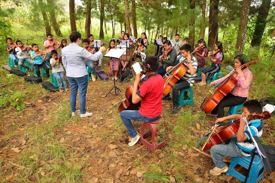 La orquesta ha enfrentado muchos obstáculos, pero sigue firme. (Foto: Jesús Alfonso/Soy502)