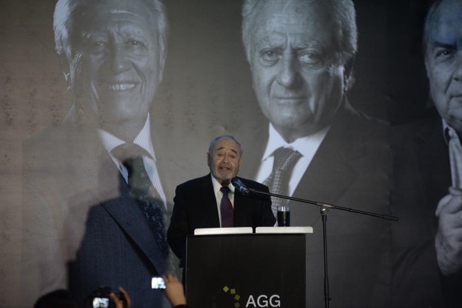 El empresario Carlos Paiz Andrade es premiado como el Gerente del Año 2017. (Foto: Wilder López/Soy502)