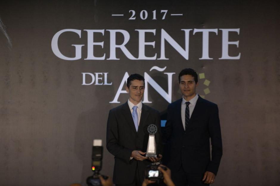 Luis Enrique y Juan Guillermo Harders de Brohders Bakery fueron galardonados como Gerente Joven. (Foto: Wilder López/Soy502)