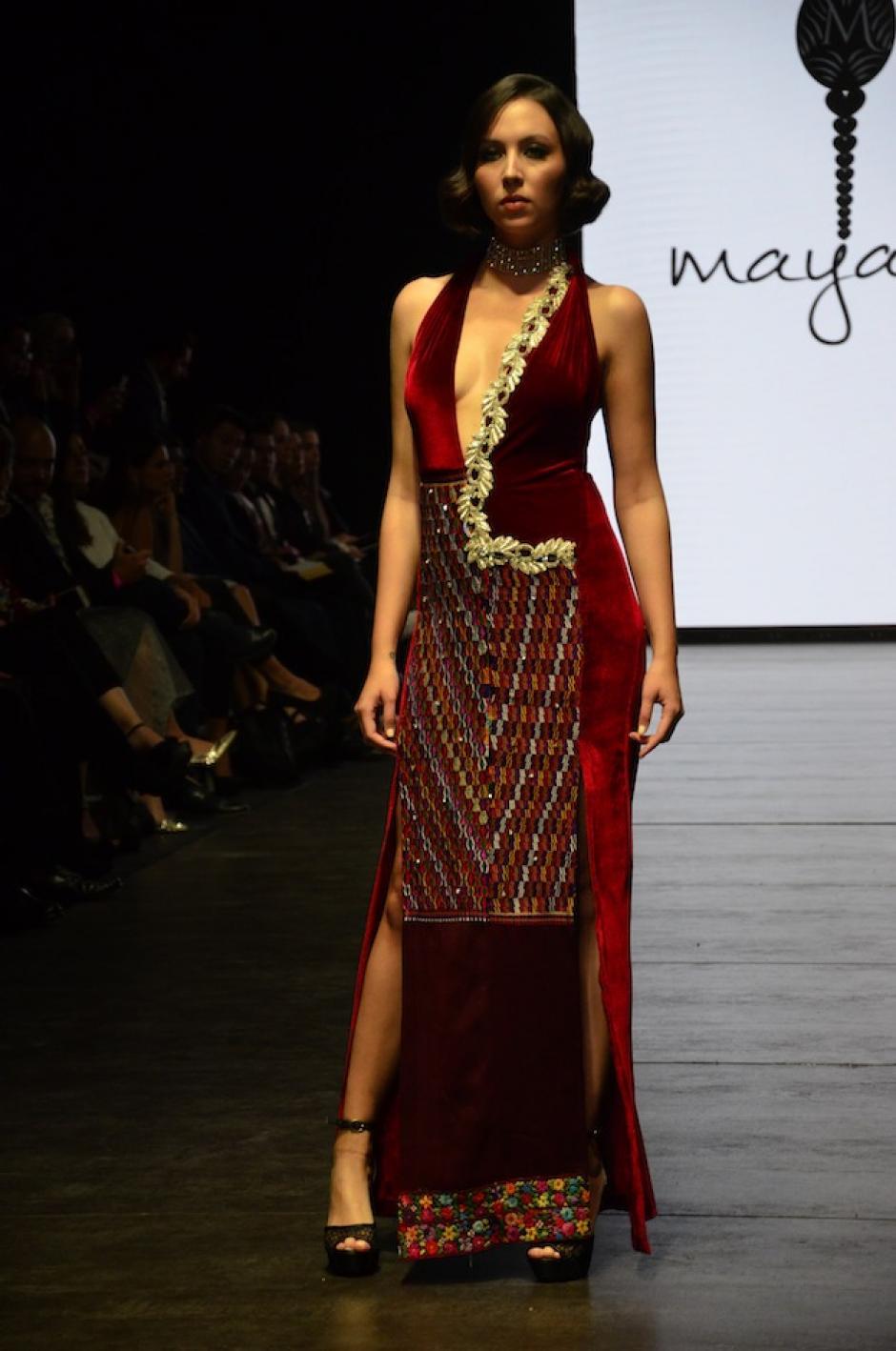 Mayanz propone looks llenos de nostalgia. (Foto: Selene Mejía/Sdoy502)