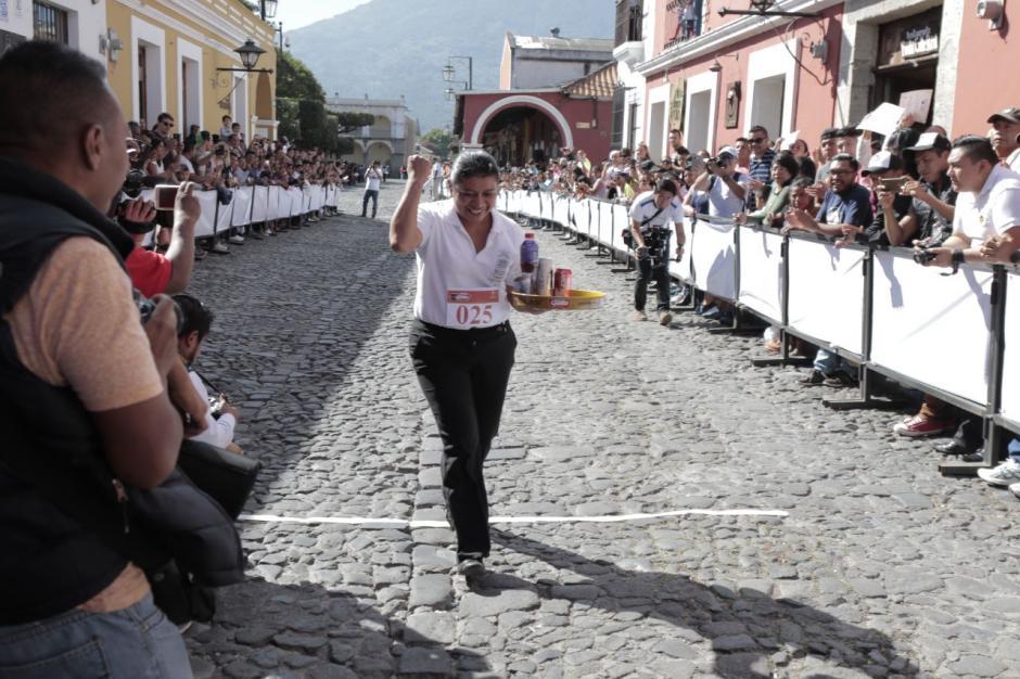 Sandra Hernández lleva 11 victorias en esta peculiar competencia. (Foto: Alejandro Balán/Soy502)