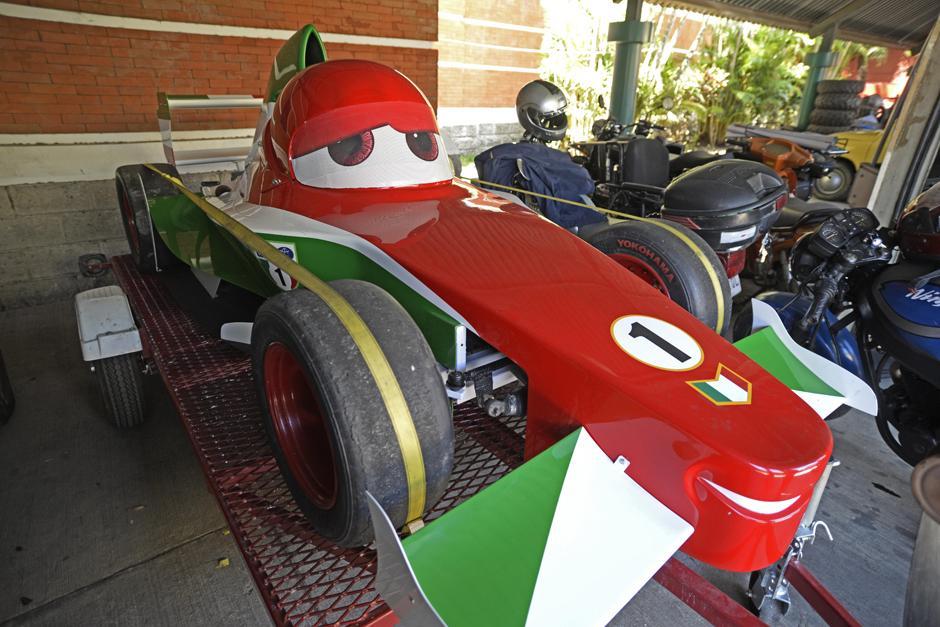 """Pepe realizó con un F3 un carro similar al de la película """"Cars 2"""". (Foto: Wilder López/Soy502)"""