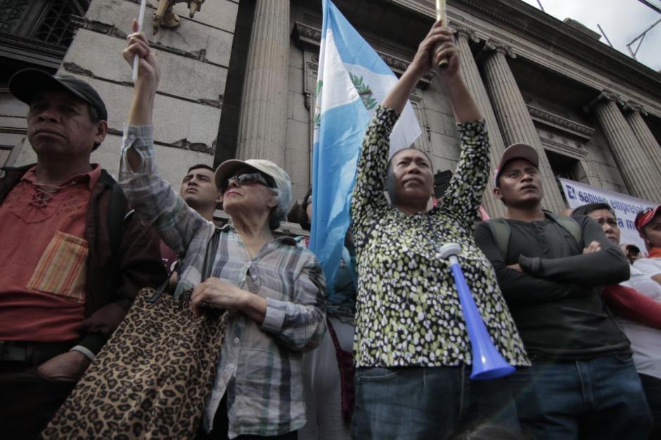 Personas de diferentes sectores participaron en la marcha organizada por la Usac. (Foto: Alejandro Balán/Soy502)