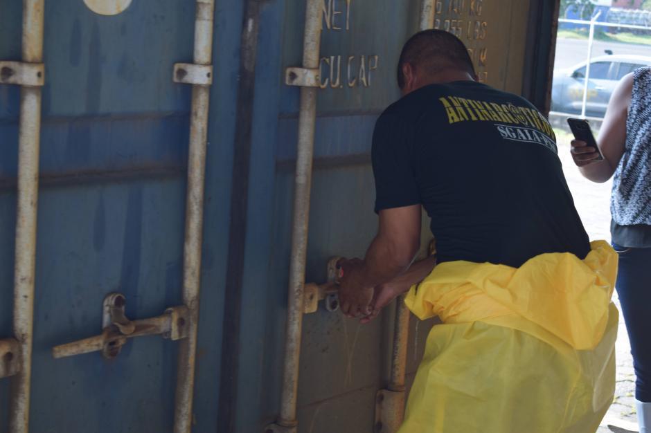 Los contenedores tenían precursores químicos retenidos en el Depósito Aduanero. (Foto: EPQ)