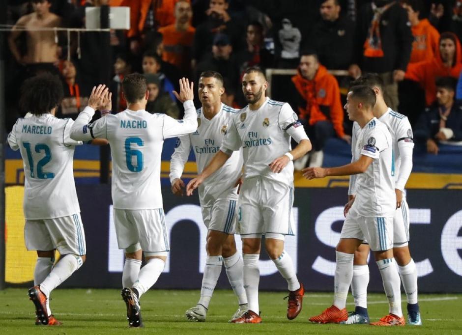 Karim Benzema hizo dos goles para el Real Madrid. (Foto: AFP)
