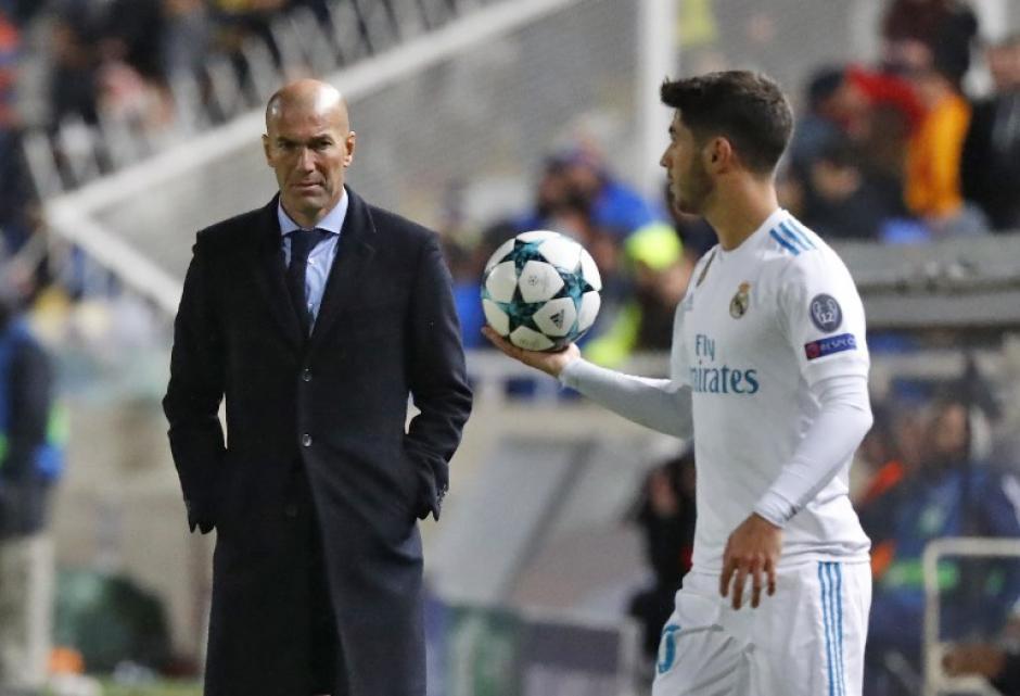 Zinedine Zidane logró darles confianza a sus jugadores para recuperar la senda de la victoria. (Foto: AFP)