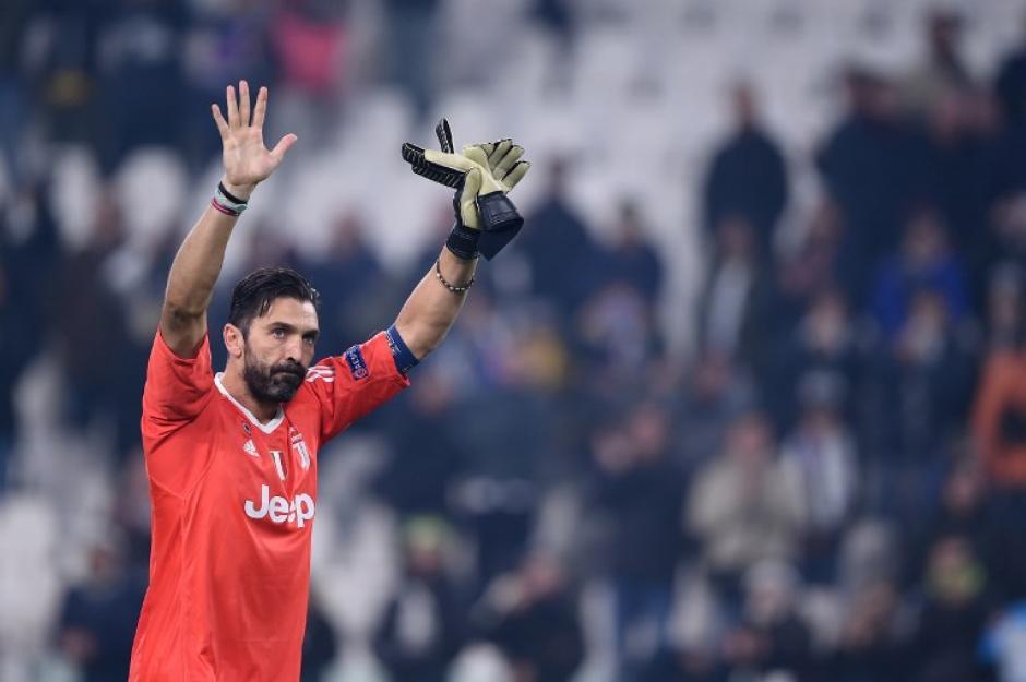 Gianluigi Buffon agradeció el apoyo de los seguidores bianconeri. (Foto: AFP)
