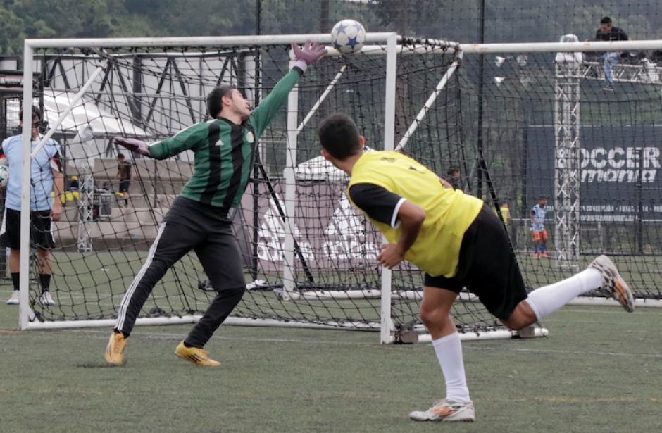 Golazos y mucha acción en el evento disputado en Futeca Cayalá. (Foto: Alejandro Balan/Soy502)