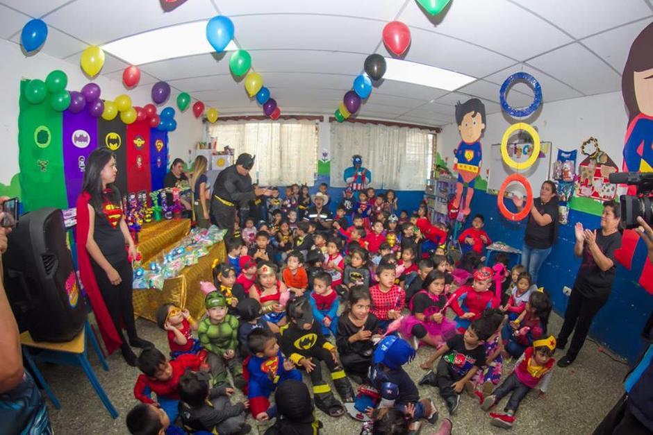 Los disfraces no pudieron faltar en la celebración de la Municipalidad de Mixco. (Foto: Municipalidad de Mixco)