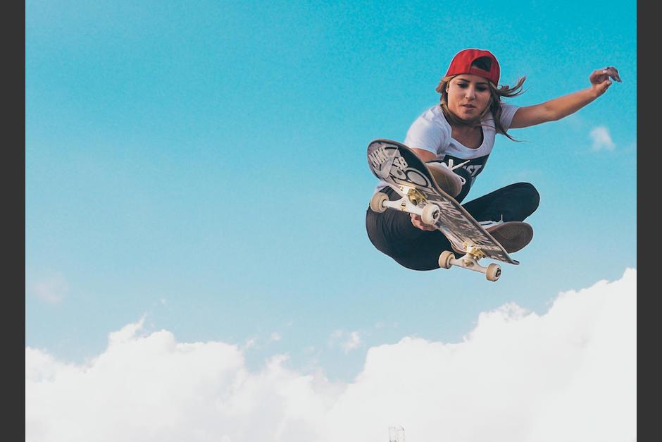 Leticia sobre la patineta es una verdadera fiera. (Foto: Instagram)