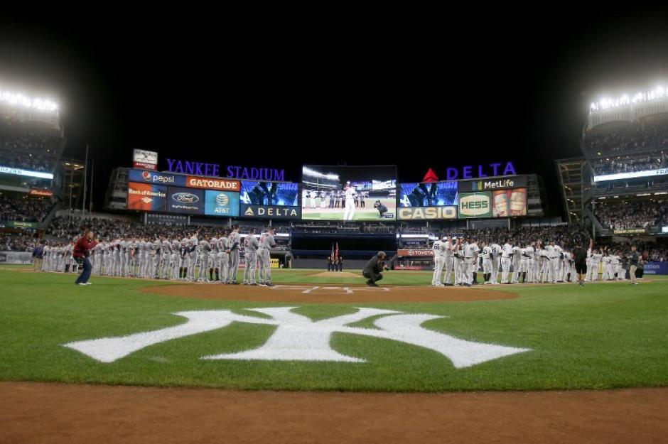 El Yankee Stadium lució repleto para el partido de comodines. (Foto: AFP)