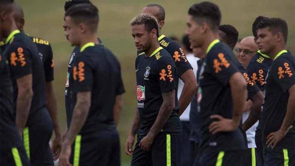 """""""Ney"""" estará entre algodones previo al partido contra Bolivia. (Foto: Espacio Futbol)"""