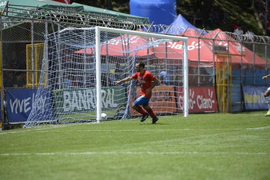 Con un tanto de Puerari Municipal ganaba 1-0 al primer tiempo. (Foto: Wilder López/Soy502)