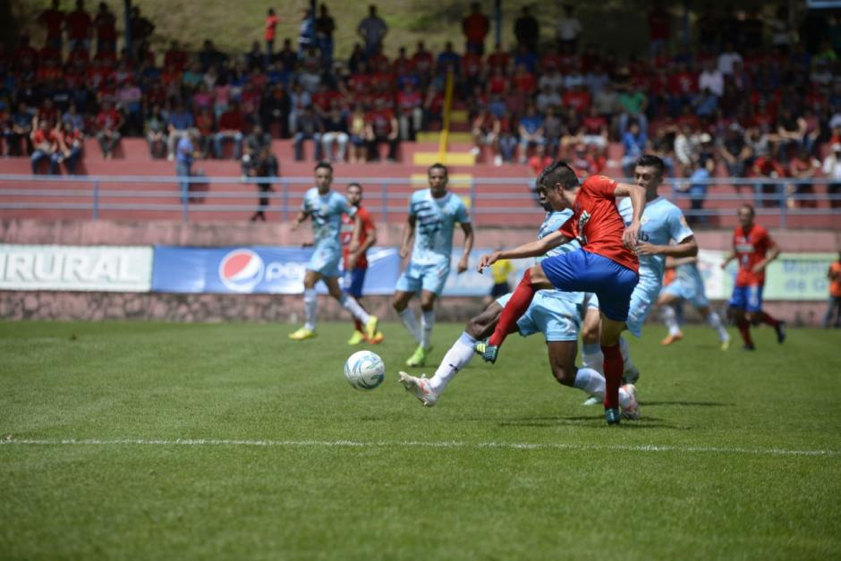 Municipal consiguió los tres puntos que lo dejan en primer lugar. (Foto: Wilder López/Soy502)