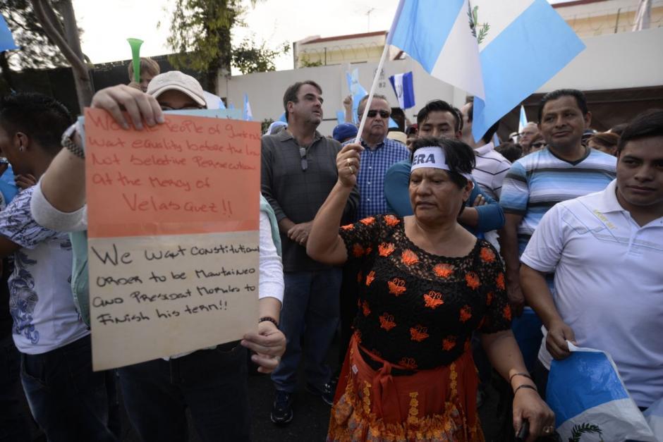 Algunos inquilinos de los mercados de la Ciudad de Guatemala se sumaron a la protesta. (Foto: Wilder López/Soy502)