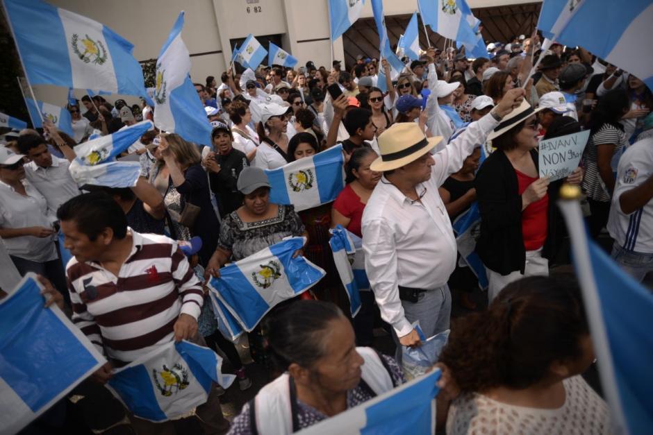 Unas 300 personas participaron en la manifestación que duró cerca de tres horas. (Foto: Wilder López/Soy502)