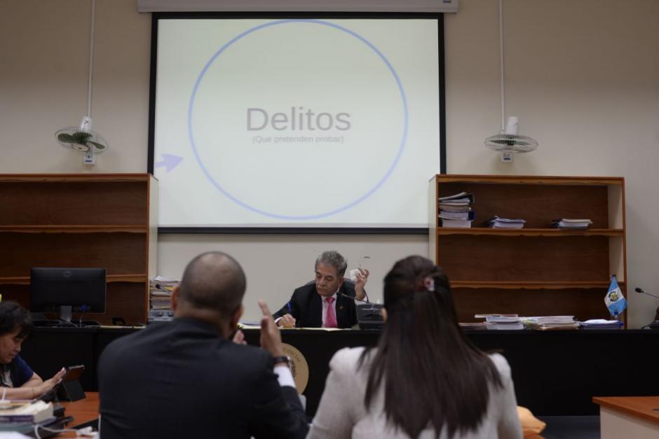 Baldetti insiste en el discurso de Álvaro Arzú sobre un golpe de Estado. (Foto: Wilder López/Soy502)