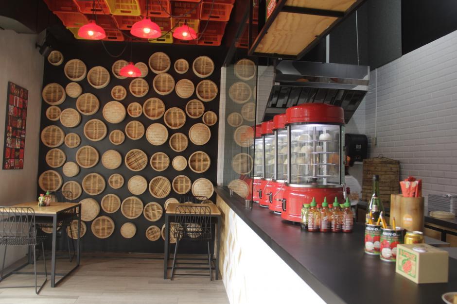 Entrar al restaurante te transporta a otro mundo. (Foto: Fredy Hernández/Soy502)
