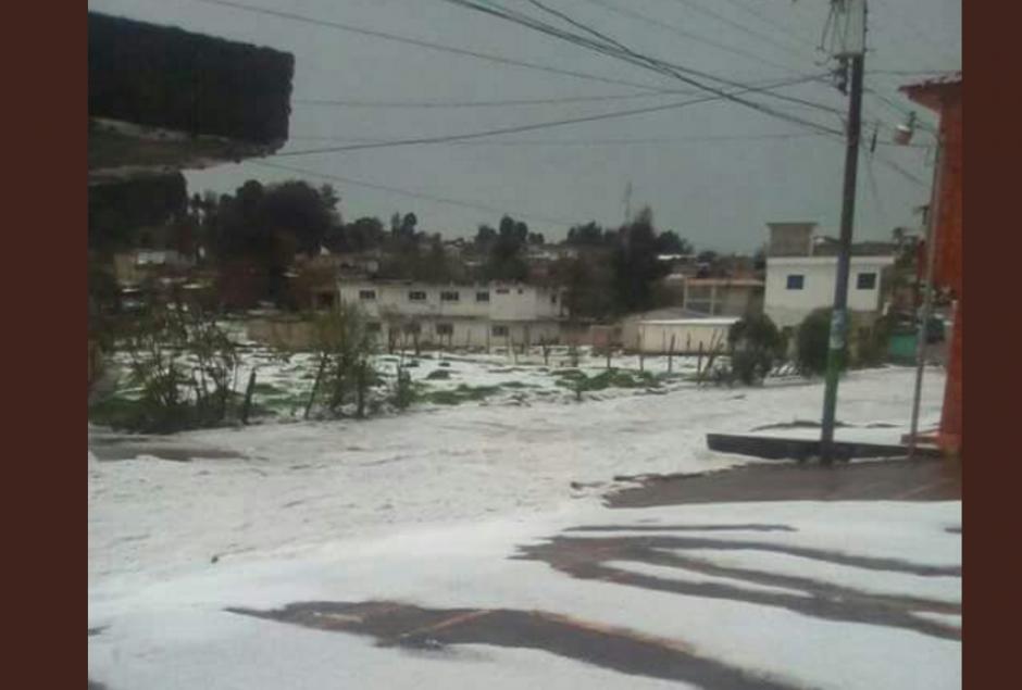 Así quedaron algunas calles en San Andrés Xecul, Totonicapán. (Foto: Facebook/MeteorologíaGT)