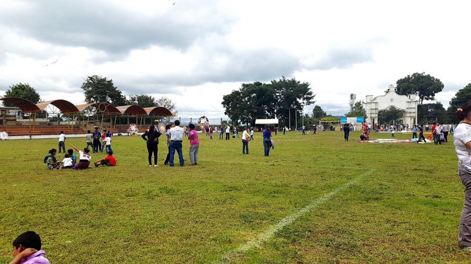 El festival de barriletes se lleva a cabo en el Estadio Municipal el 1 de noviembre. (Foto: Fredy Hernández/Soy502)