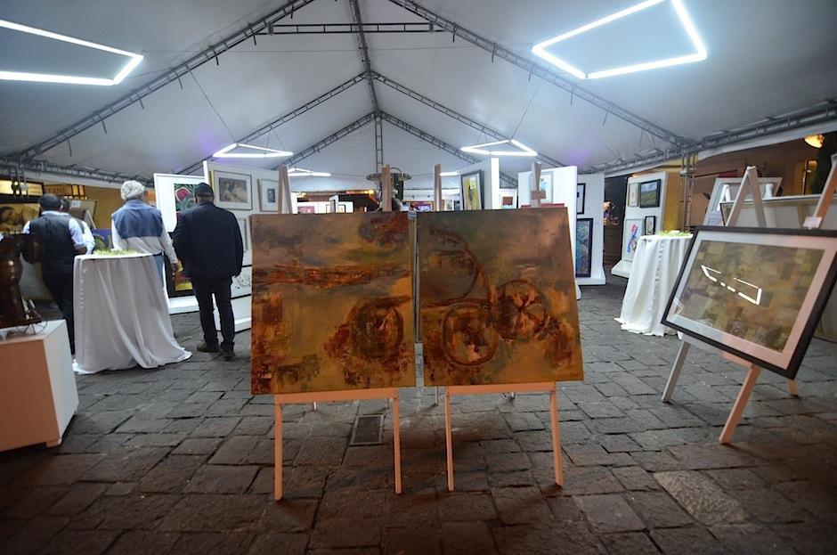 La exposición y venta termina el domingo 15 de octubre de 2017. (Foto: Selene Mejía/Soy502)