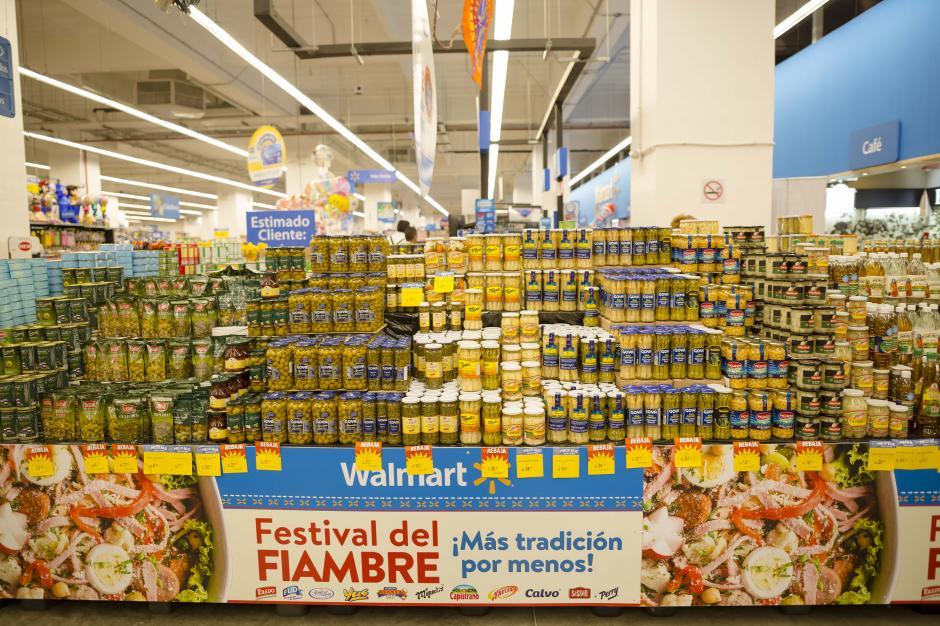 Tanto en Walmart como en Supertiendas Paiz y Maxi Despensa habrá un espacio solo para ingredientes del fiambre. (Foto: George Rojas/Soy502)