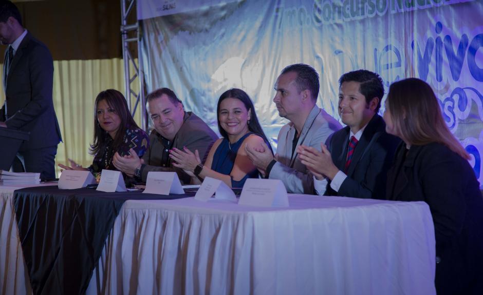 Fundación Azteca Guatemala junto a Instituciones privadas y de gobierno promueven la conciencia social ecológica en la juventud. (Foto: Victor Xiloj/Soy502)