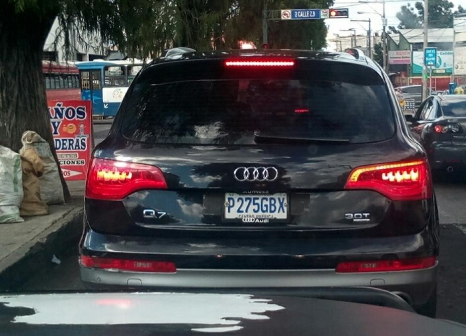 En este vehículo se conducía uno de los supuestos narcotraficantes. (Foto: PNC)