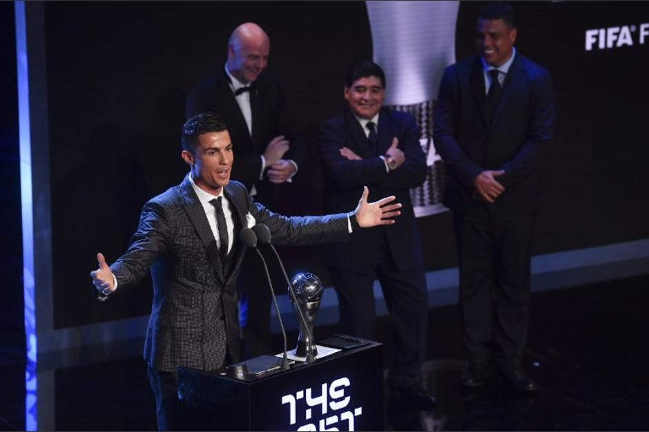 Cristiano Ronaldo gana el premio The Best 2017 que otorga la FIFA. (Foto: AFP)