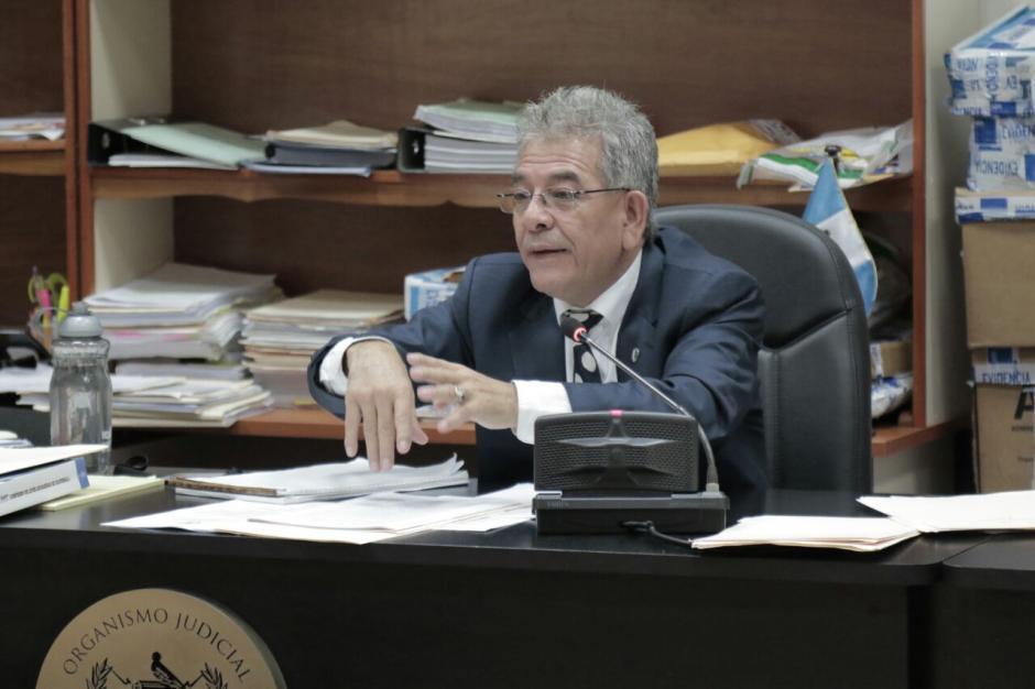 El juez Miguel Ángel Gálvez dictó el fallo histórico contra el expresidente Otto Pérez. (Foto: Alejandro Balán/Soy502).