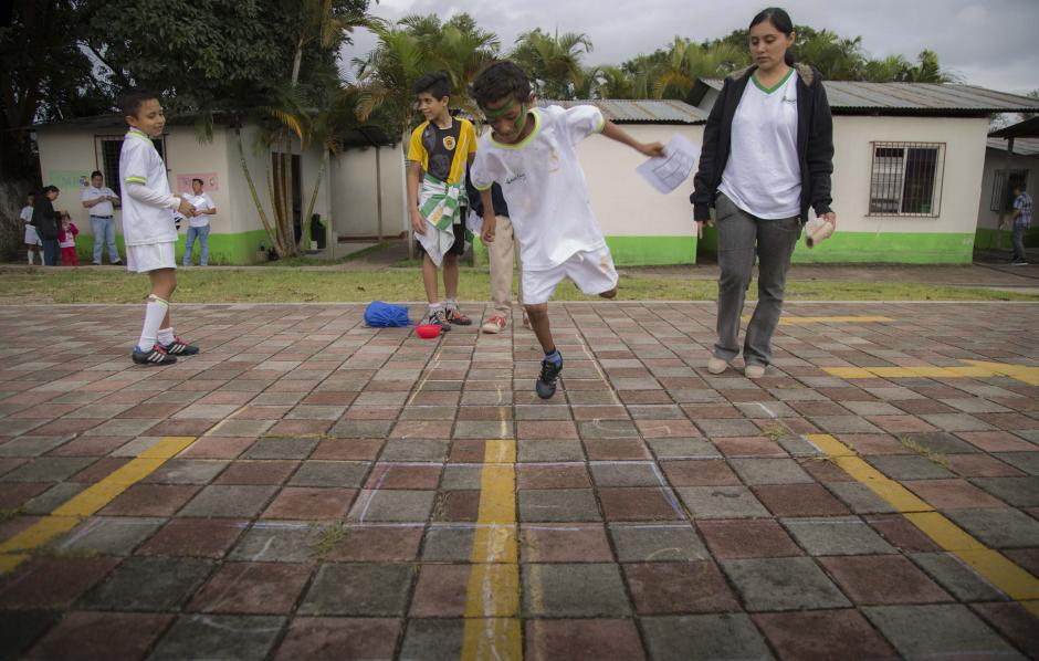El Rally Solidario fue realizado en el complejo deportivo Cementos Progreso a beneficio del Hogar Marina Guirola y del Centro para el Adulto Mayor San Jerónimo Emiliani. (Foto: Victor Xiloj/Soy502)