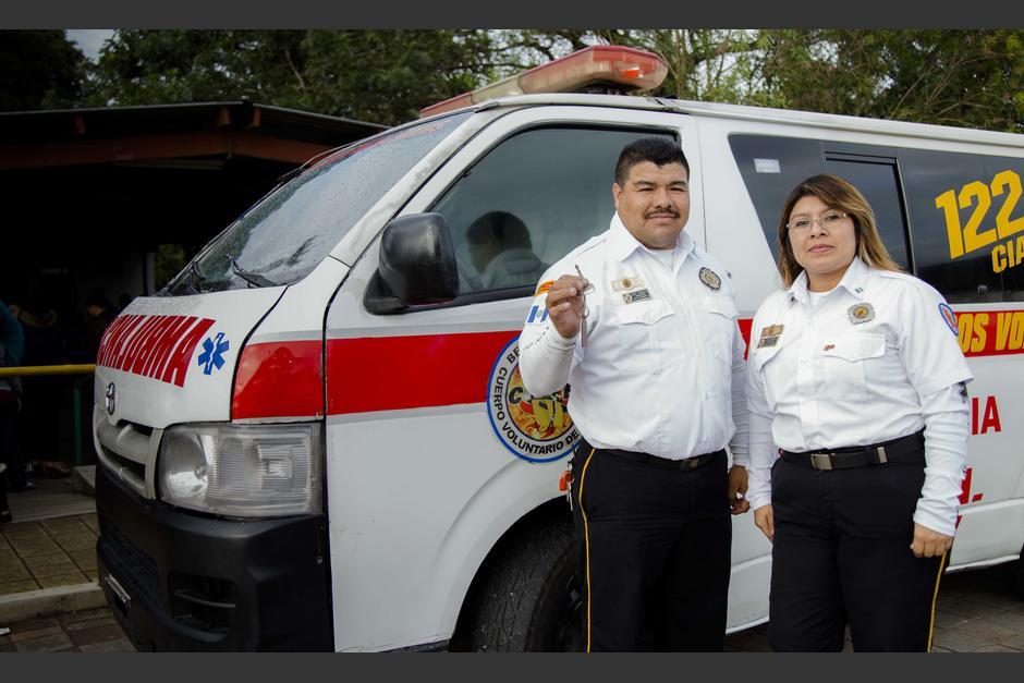 El cuerpo de Bomberos Voluntarios de la compañía 122 de San Julián Chinautla ya cuentan con una ambulancia renovada. (Foto: Victor Xiloj/Soy502)