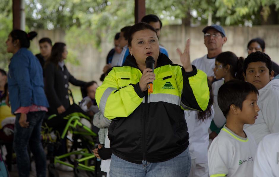 Gabriela Guido apoyó durante la recaudación de fondos para la renovación de la ambulancia donada por CEMPRO y Fundación Carlos F. Novella. (Foto: Victor Xiloj/Soy50