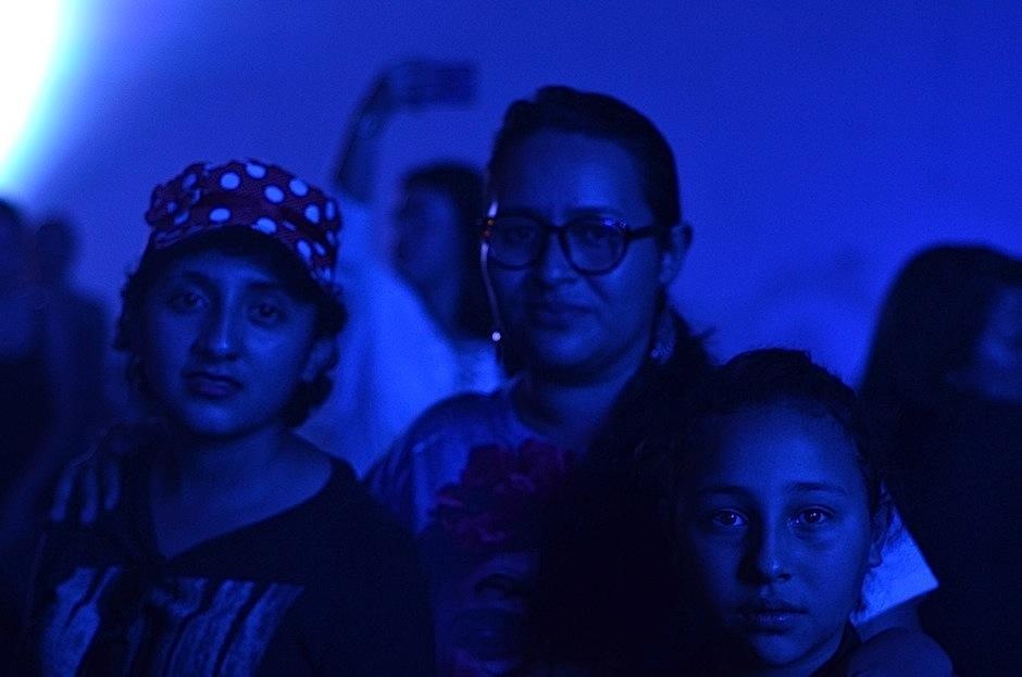 La joven de 14 años iba acompañada por Steph Arreaga, del Colectivo 8 Tijax. (Foto: Selene Mejía/Soy502)