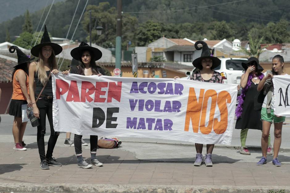 La marcha se realizó en la Antigua Guatemala. (Foto: Alejandro Balán/Soy502)