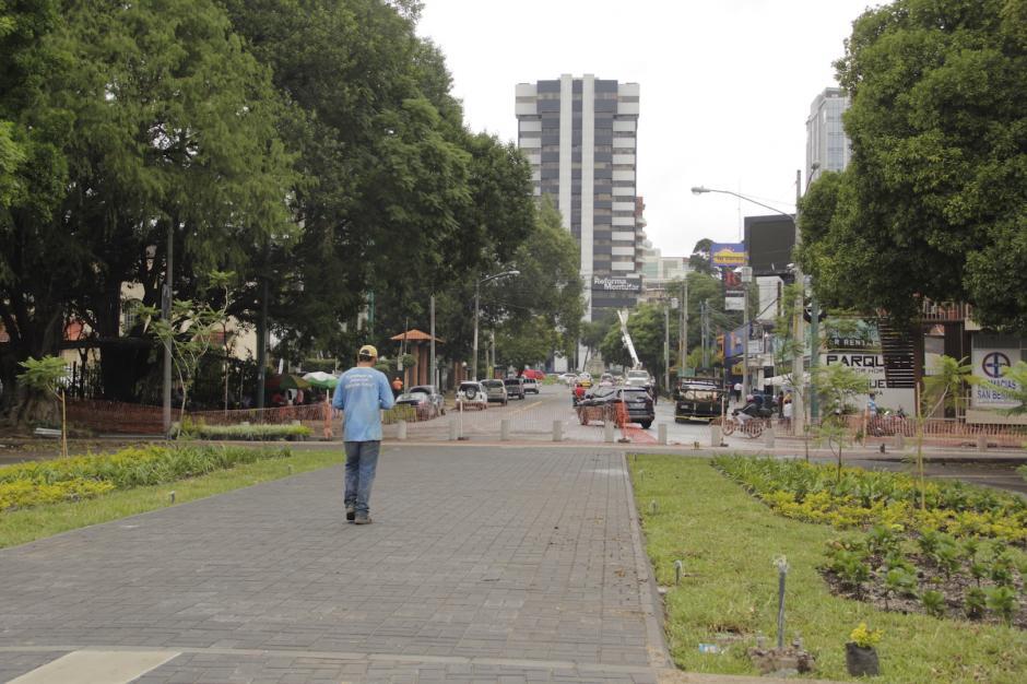 Posteriormente se hará una conexión peatonal de la 12 calle entre la plaza y la avenida Reforma. (Foto: Fredy Hernández/Soy502)
