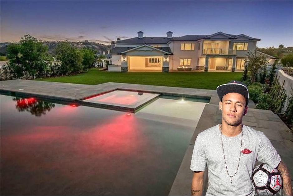 La nueva mansión de Neymar cuenta con cinco plantas con 5 mil metros cuadrados de césped, y piscina interior. (Foto: Twitter)