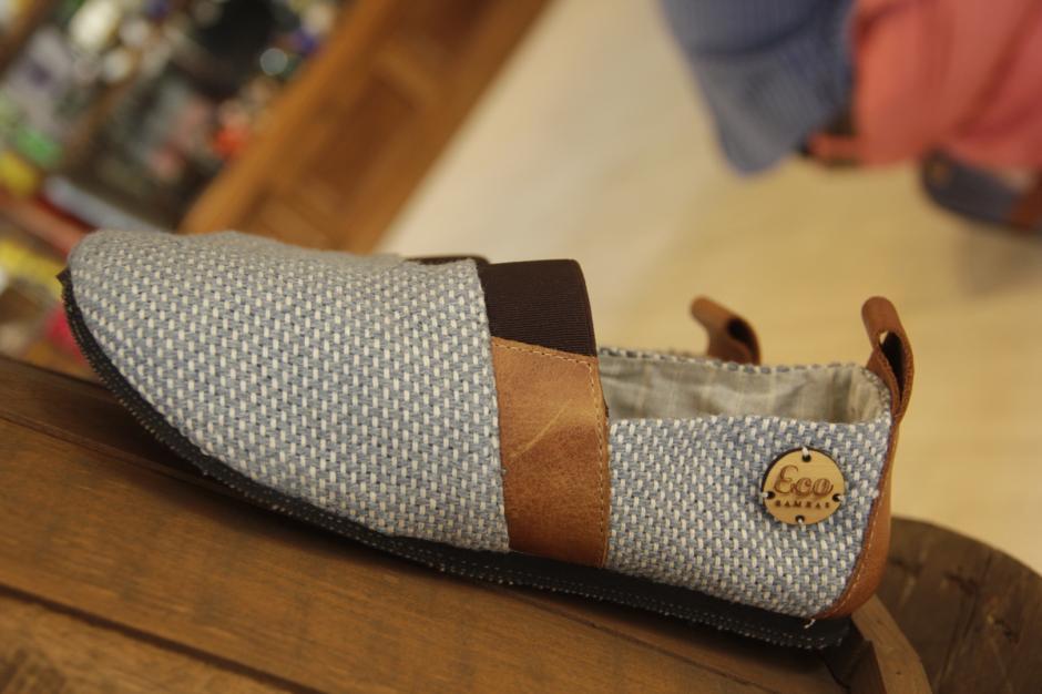 Los zapatos buscan atraer a las personas que buscan nuevos estilos de calzado. (Foto: Fredy Hernández/Soy502)