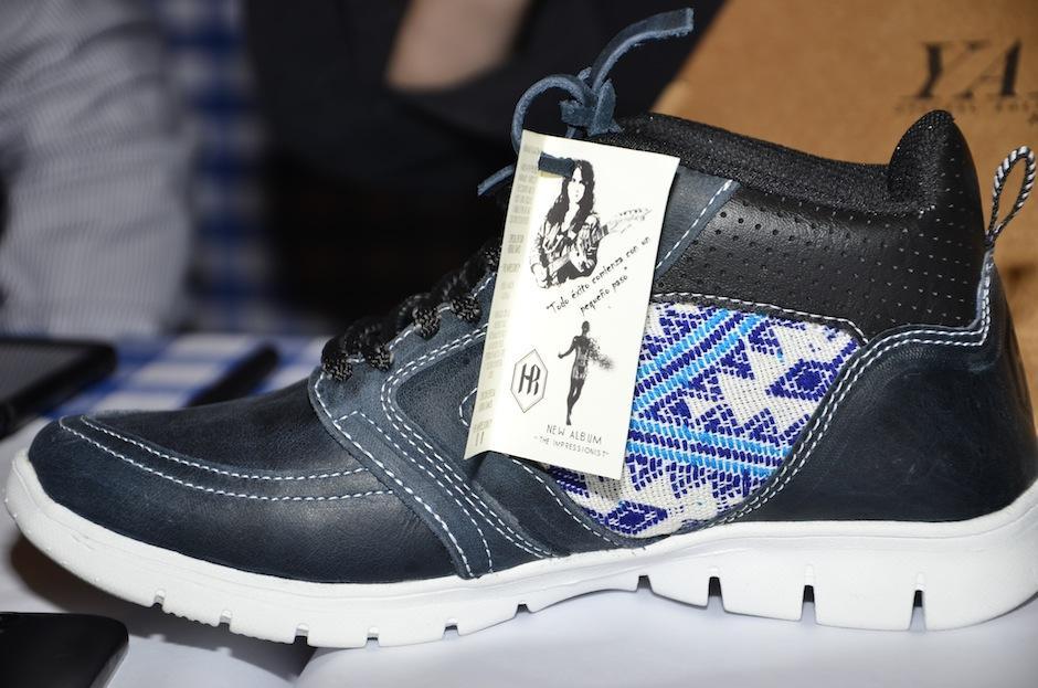 Yaxhá es una marca de calzado guatemalteco, que se alió para representar la imagen de Hedras. (Foto: Selene Mejía/Soy502)