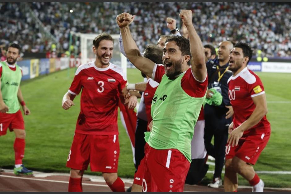 Los jugadores sirios empataron contra Irán y van a la repesca. (Foto: AFP)