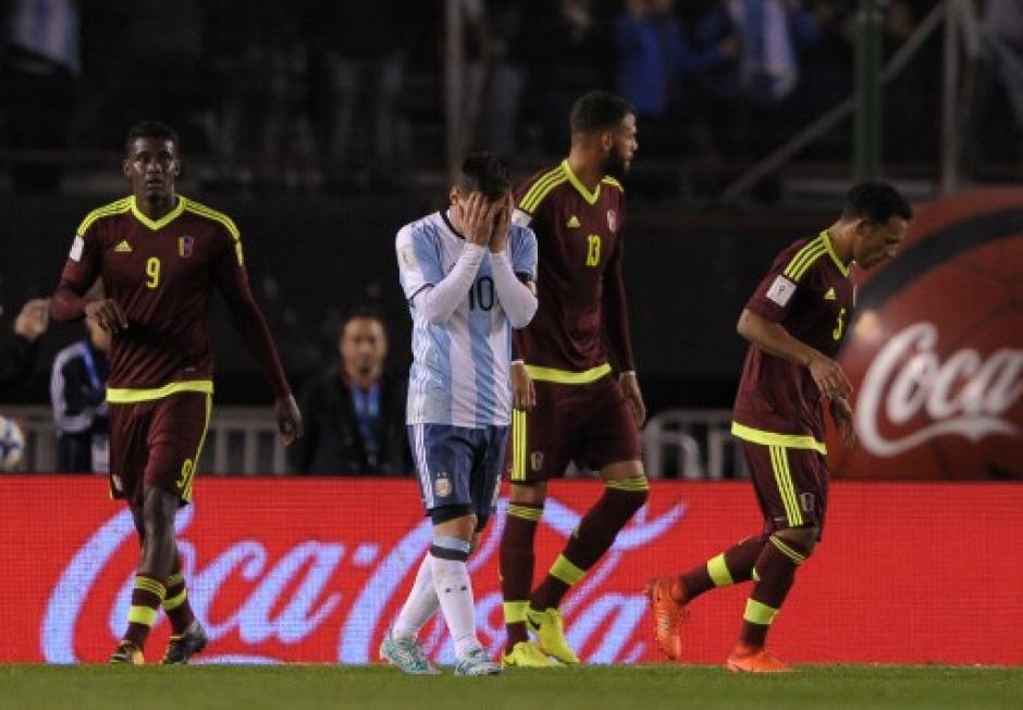 Messi lamentó no poder anotar ante Venezuela. (Foto: AFP)
