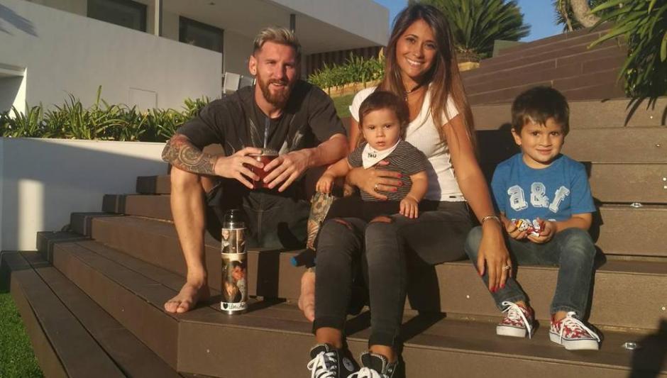 El emotivo reencuentro de Messi con sus hijos