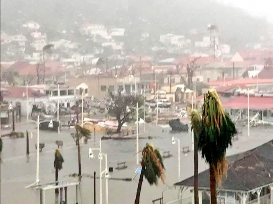 Hasta el momento, las autoridades no han confirmado si el huracán dejó víctimas mortales. (Foto: Twitter/@InformandoRD7)