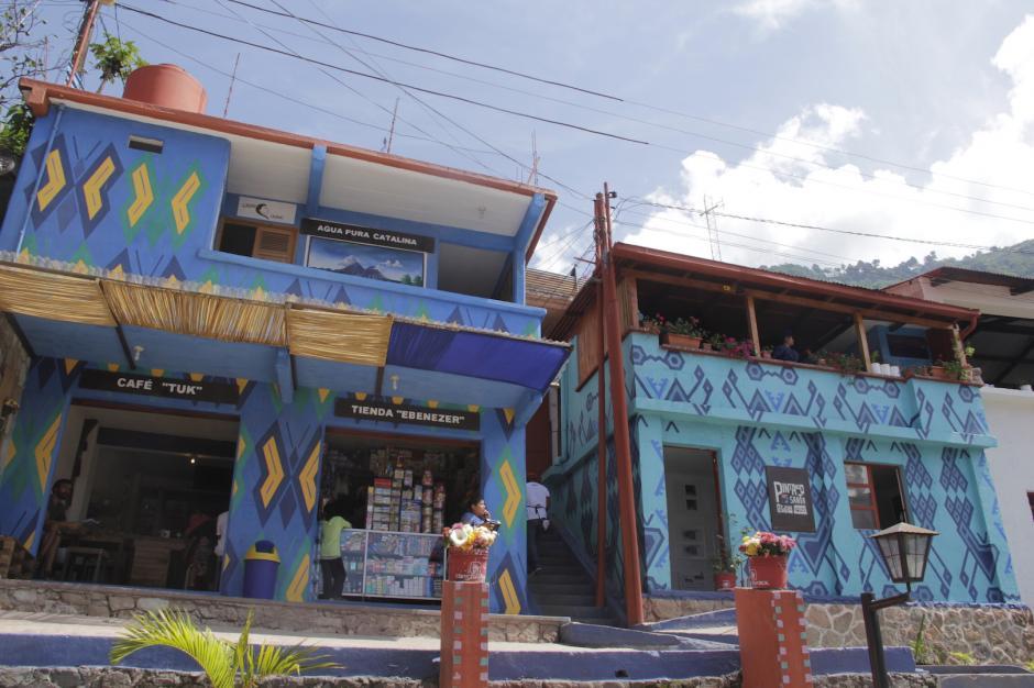 Los locales comerciales también se han unido a este proyecto. (Foto: Fredy Hernández/Soy502)