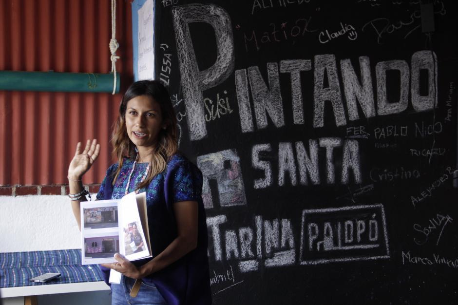 Hay una sede del proyecto que explica a los curiosos el objetivo de promover esta actividad. (Foto: Fredy Hernández/Soy502)