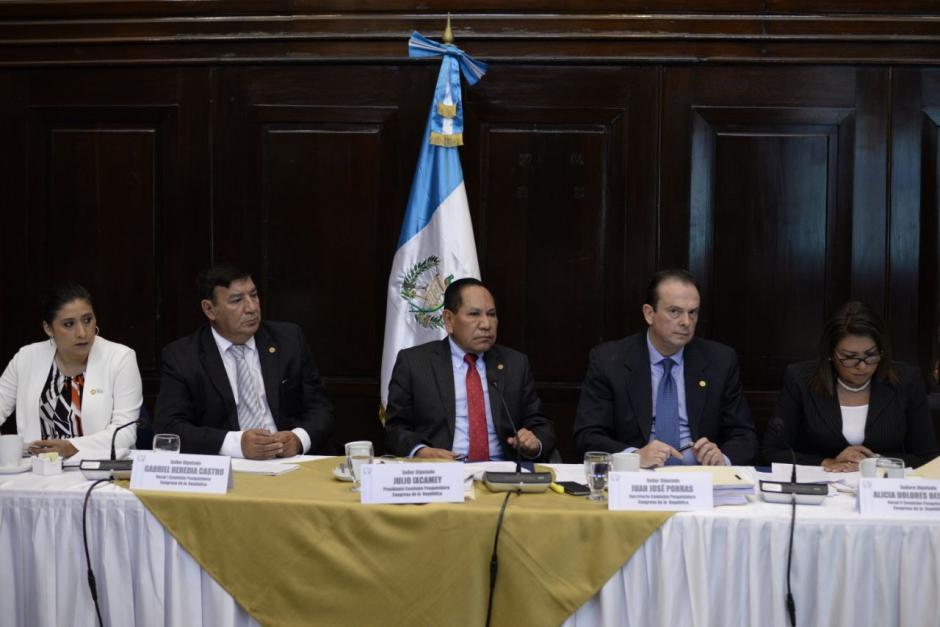 La Comisión Pesquisidora durante las audiencias. (Fotos: Wilder López/Soy502)